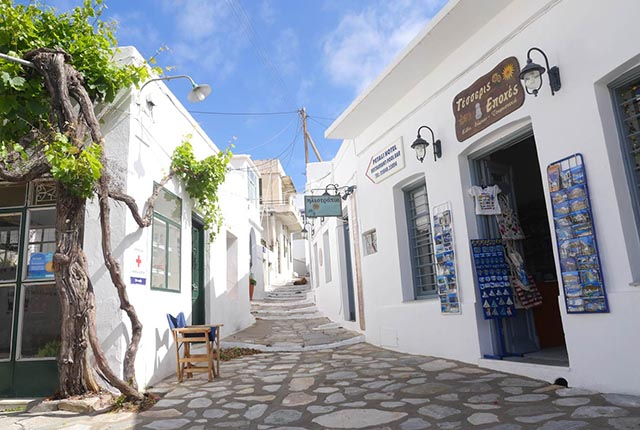 http://winter2b.hotel-sites.bookoncloud.com/wp-content/uploads/sites/94/2017/03/apollonia-sifnos-01.jpg